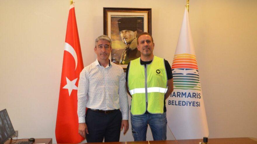 Marmaris Belediye Başkanı Oktay, Haluk Levent'le 'ahbap' oldu