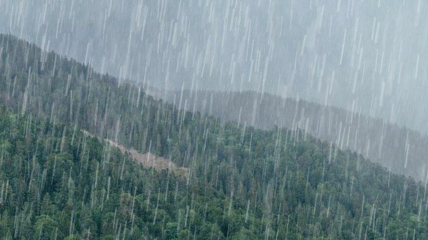 Meteoroloji'nin sağanak yağış uyarıları sürüyor
