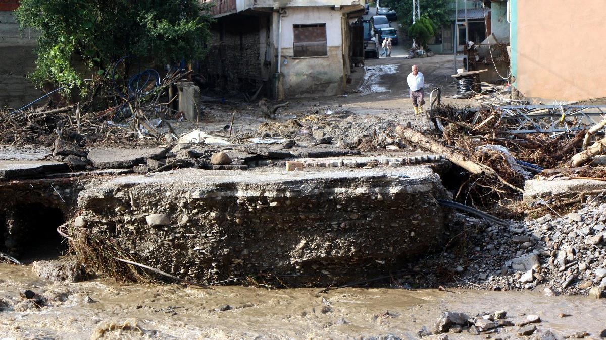 Sel bölgesinden kahreden haberler geliyor! Ölü sayısı arttı