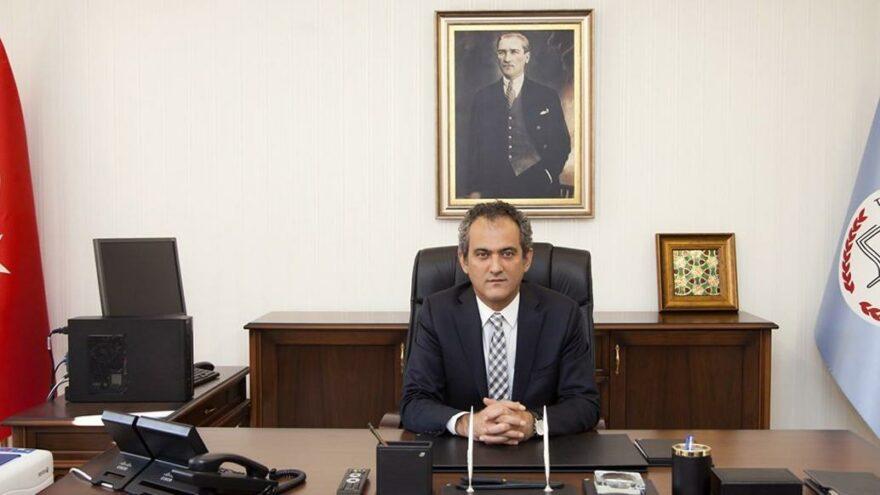 Milli Eğitim Bakanı Özer: Afet bölgesindeki eksiklikleri gidereceğiz