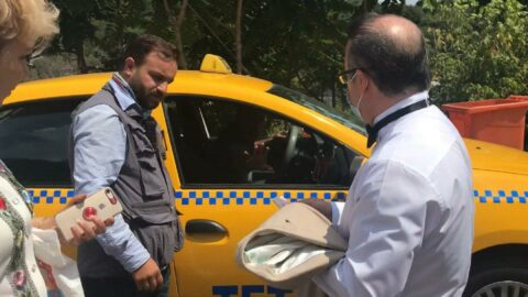 Taksici, Taksim'den Maçka'ya 1 kilometrelik yola 200 lira istedi