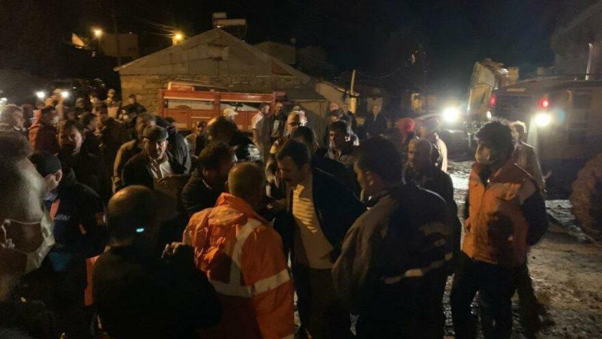 Sarıkamış'ta 20 ev selden hasar gördü