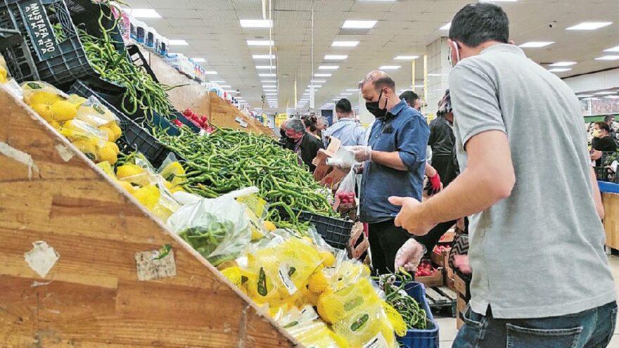 Endişeli tüketiciler küçük esnafa yöneldi