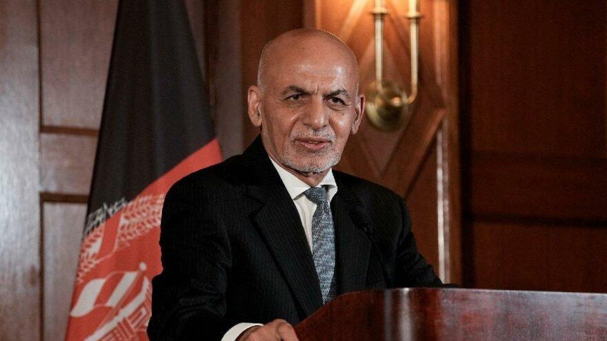 Afganistan'ı terk eden Eşref Gani'den ilk açıklama