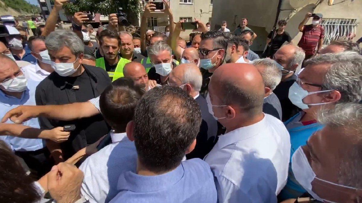 Selde yakınlarını kaybeden vatandaş Kılıçdaroğlu'na böyle dert yandı: Benim canlarım gitti, cenazelerimizi bulsak sevineceğiz