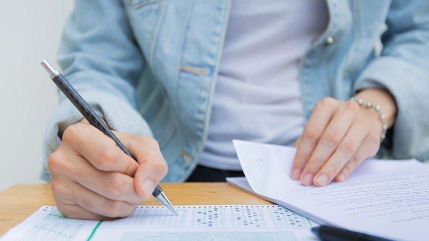 KPSS ÖABT sınavında ilk oturum başladı