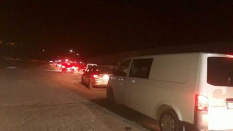 Sel bölgesinde mağdur kalan vatandaşlar feribotla tahliye edildi