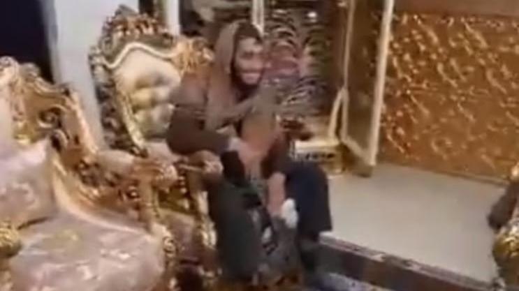"""""""Taliban, Raşit Dostum'un villasını ele geçirdi"""" iddiası"""