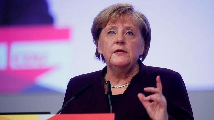 Angela Merkel: Terörizmle mücadelede istenilen hedefe ulaşamadık