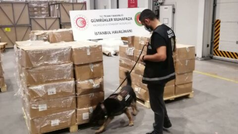 4.3 ton! İstanbul Havalimanı'nda yakalandı