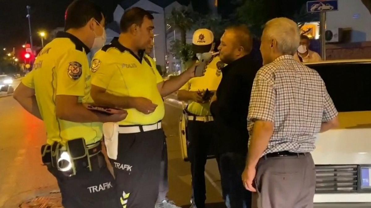Alkollü ve ehliyetsiz direksiyon başında yakalandı, savunması pes dedirtti