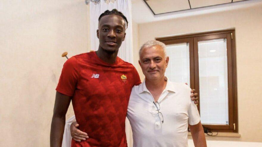 Mourinho yeni Drogba'sını buldu! Tammy Abraham Roma'ya transfer oldu