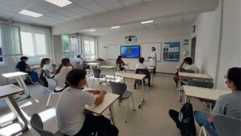 Bakan Özer'den afet bölgelerinde 'eğitim' açıklaması