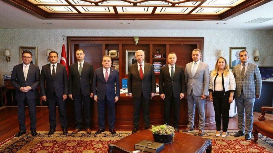 Büyükşehir belediyelerinden Türk Hava Kurumu'na ziyaret