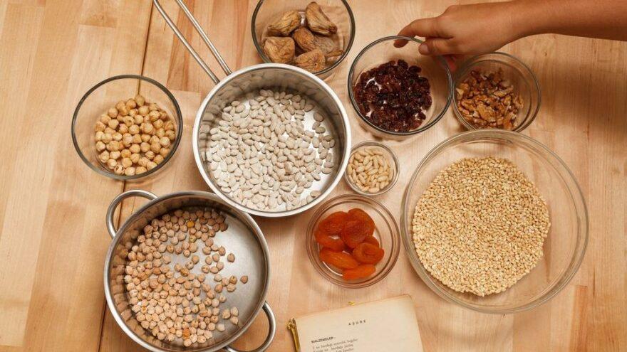 Aşure nasıl yapılır? En lezzetli aşure tarifi ve malzemeleri…
