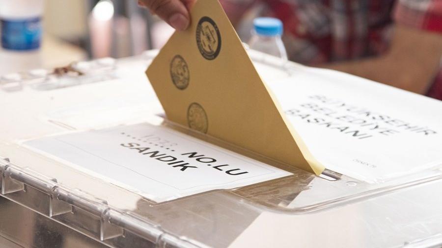 Seçim anketi: İki kişiden biri oy tercihini değiştiriyor, İYİ Parti yükselişte