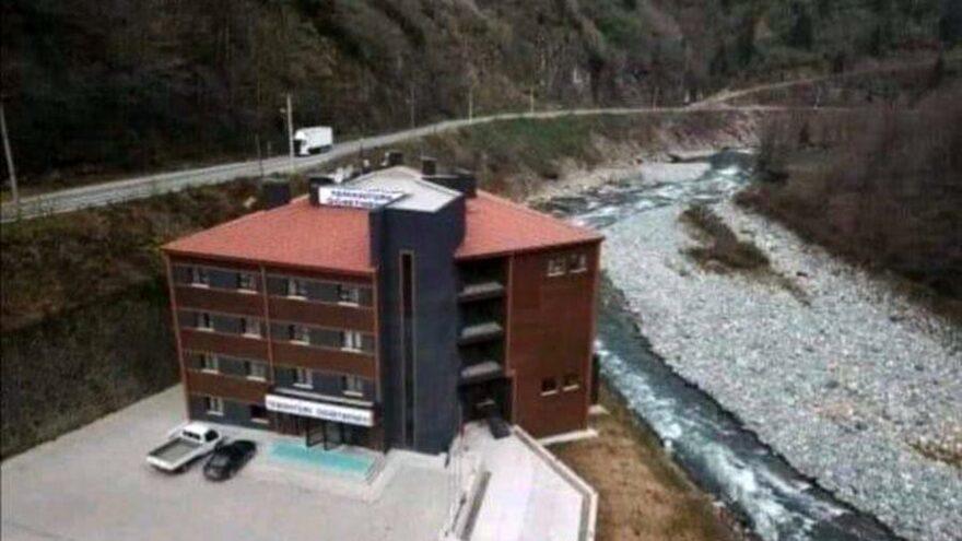 Trabzon'da hükümet konağı Rize'de öğretmenevi dere yatağına yapılmış