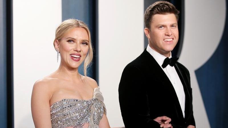 Colin Jost, eşi Scarlett Johansson'ın hamile olduğunu doğruladı