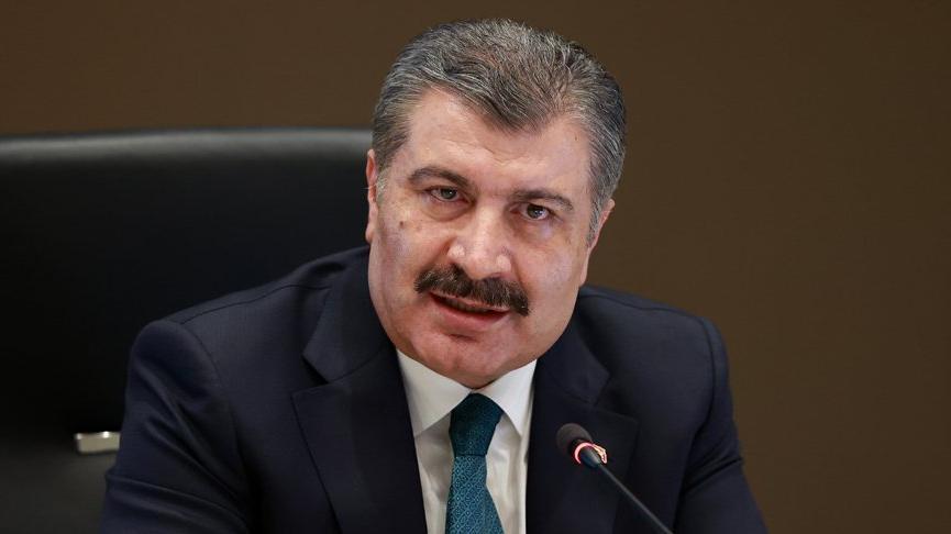 Sağlık Bakanı Koca'dan Bilim Kurulu sonrası yüz yüze eğitim ve 3 doz aşı açıklaması