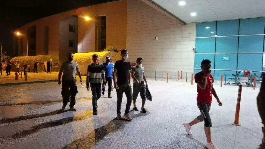Taksiyle seyahat eden 5 kaçak göçmen yakalandı