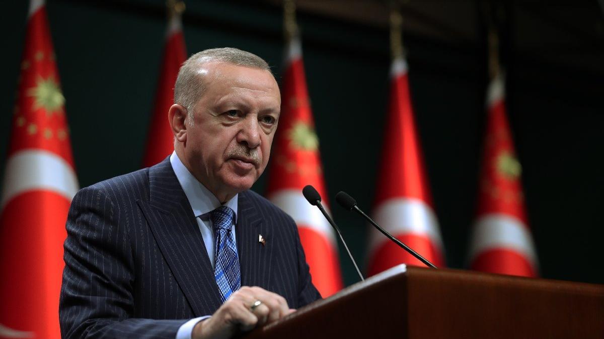 Erdoğan'dan bir gün gecikmeli deprem mesajı