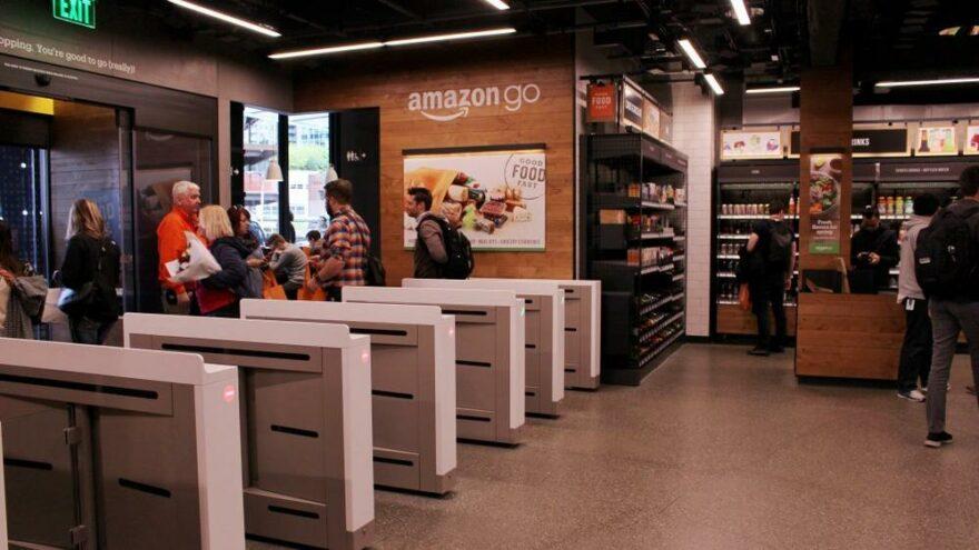Amazon fiziksel mağaza açma planları yapıyor
