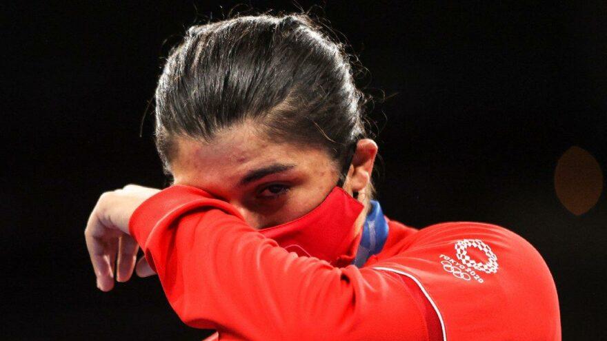 Olimpiyat şampiyonu Busenaz Sürmeneli'nin acı günü