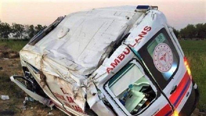 Ambulans devrildi: Yeni doğan bebek hayatını kaybetti