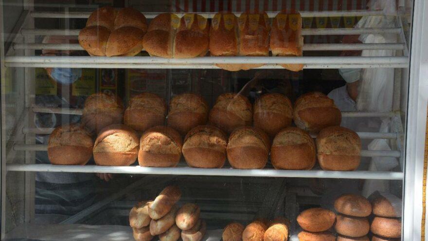 Afet bölgesinde ekmeğe yapılan zam tepki çekti