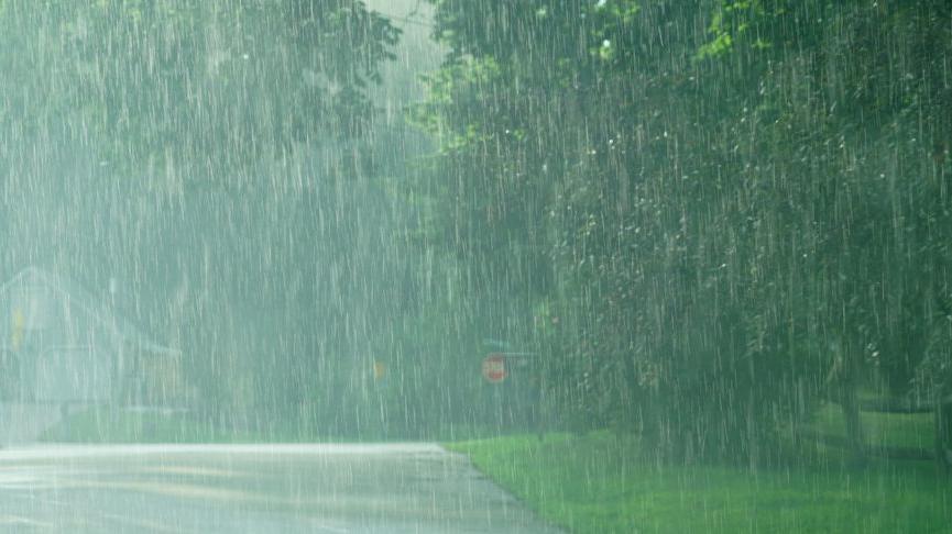 Meteoroloji'den sel, heyelan ve fırtına uyarısı