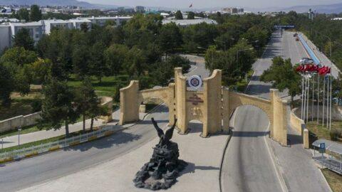 Atatürk Üniversitesi 80 bini aşkın öğrencisi ile yüz yüze eğitime başlıyor