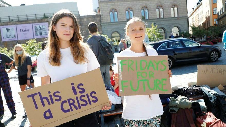 Greta Thunberg, protestonun yıl dönümünde sokağa çıktı