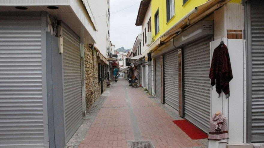 Türkiye'de kurulan ve kapanan şirketlerin sayısı önceki aya göre azaldı