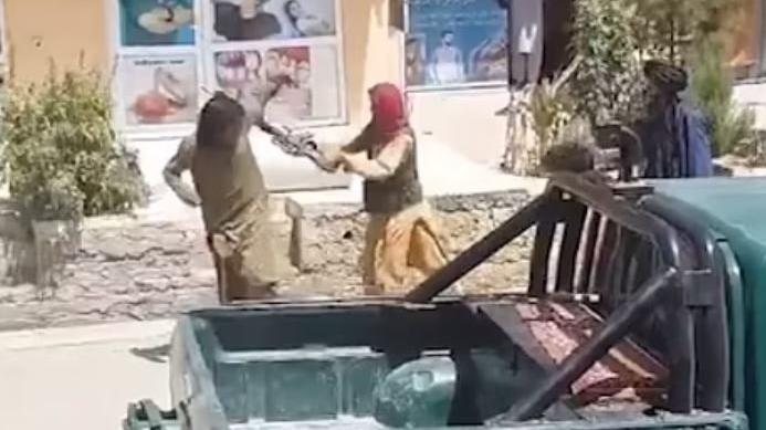 Taliban'dan güpegündüz şiddet