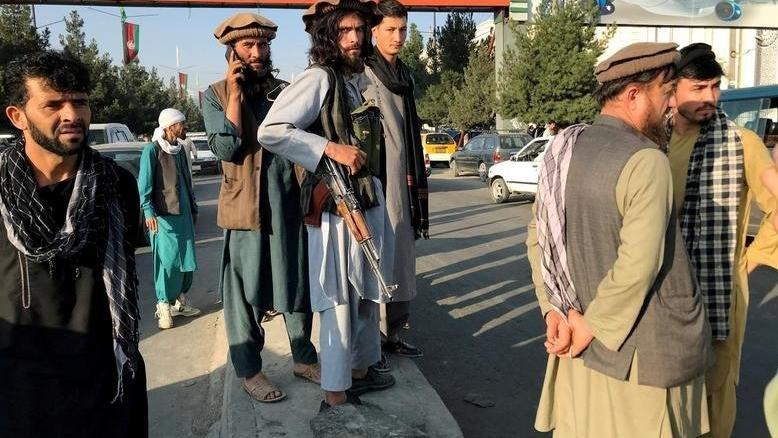 Afganistan'ın IMF fonlarına erişimi askıya alındı