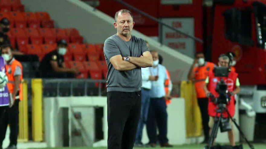Sergen Yalçın: N'Sakala'nın durumu oyuncularımızı ve bizi çok endişelendirdi