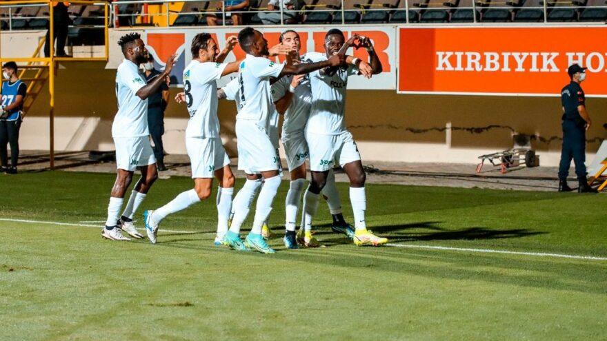 Alanyaspor-Altay maçında farklı skor! Beş gol, iki kırmızı kart