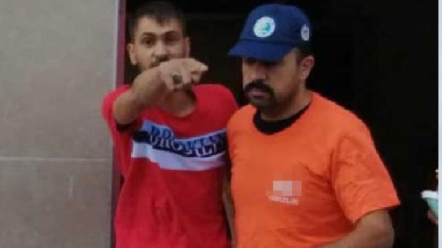 Polisten, temizlik görevlisi kıyafetli operasyon