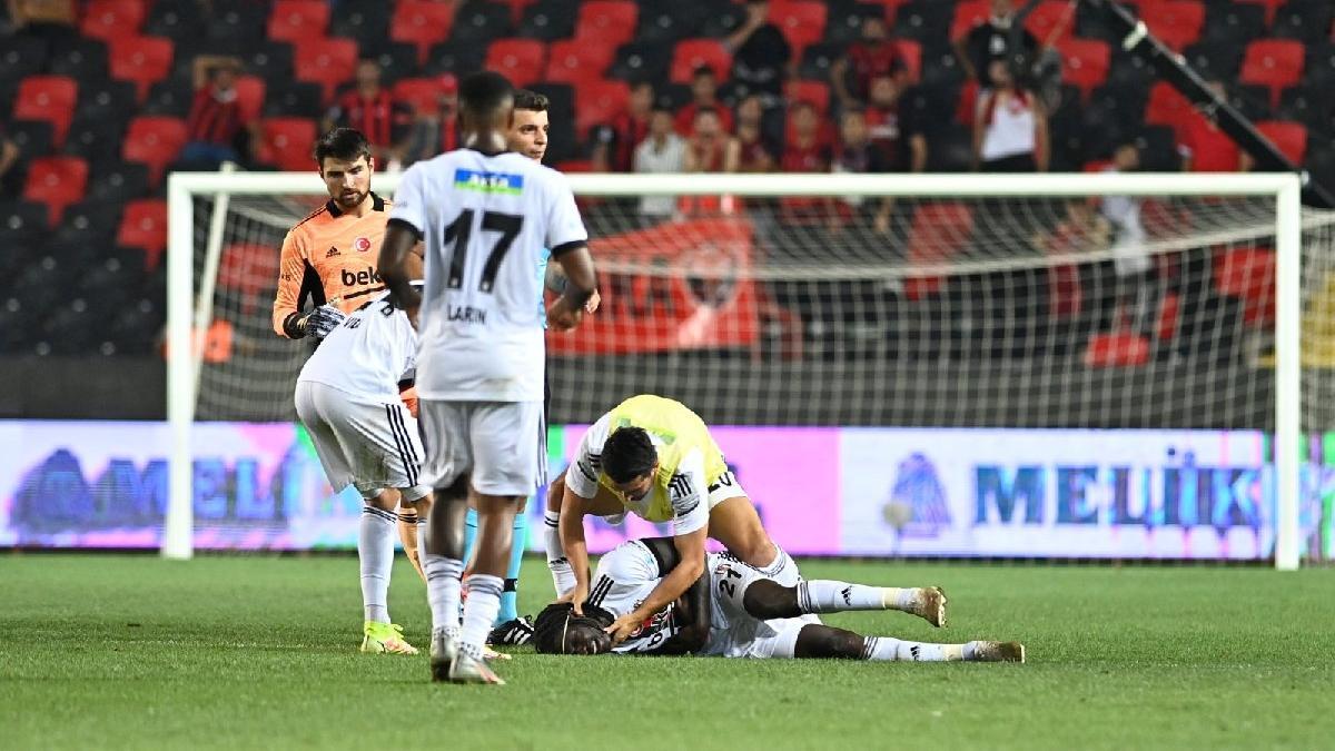 Gaziantep maçında fenalaşan Beşiktaşlı N'Sakala'nın son durumu