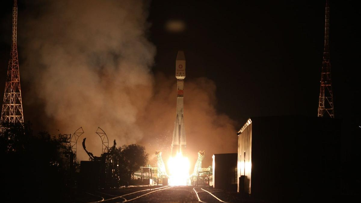 Rusya, OneWeb'in 34 uydusunu ateşledi