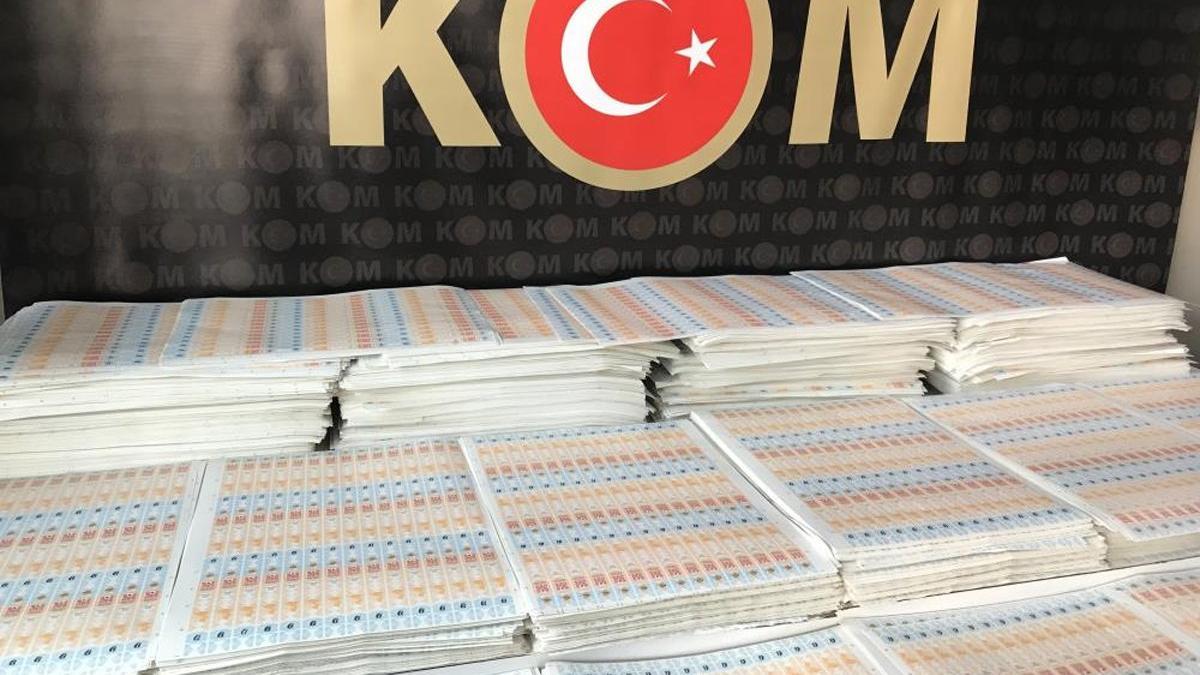 İstanbul'da 28 milyon lira değerinde sahte içki bandrolü ele geçirildi