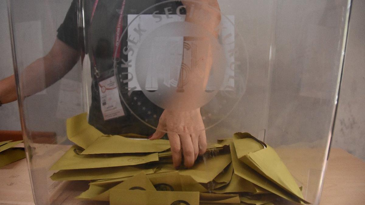 Son seçim anketinde AKP'ye büyük şok! Seçmenlerin yüzde 30'u...