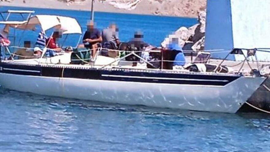 Fransa'ya kaçan FETÖ'cüler tekneleri bozulunca Girit'ten siyasi sığınma istedi