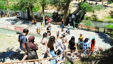 394 basamaklı Ihlara Vadisi'nde turist yoğunluğu