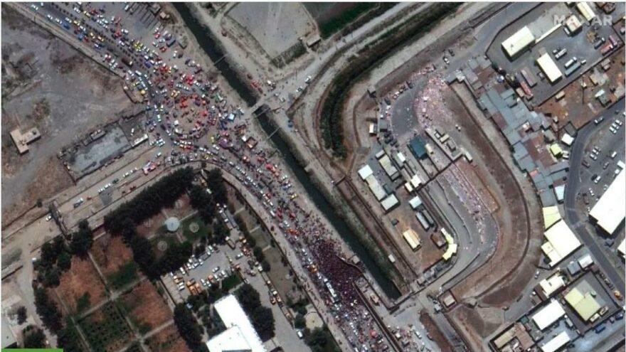 Kabil'den kaçış uydudan böyle görüntülendi