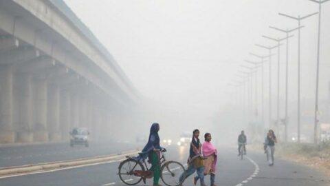 Delhi'den kirli havayı temizlemek için duman kulesi girişimi