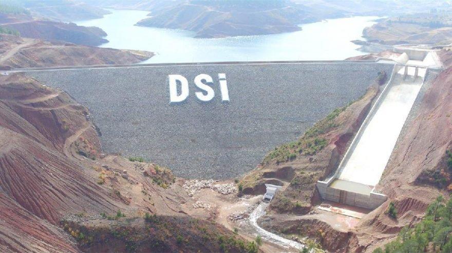 Pakdemirli duyurdu: DSİ'ye 2 bin 5 kadrolu işçi alınacak