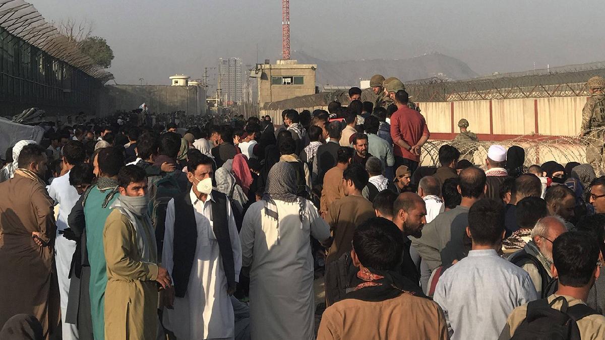 AB, Afgan mültecileri kabul edenlere yardımı 4 katına çıkardı