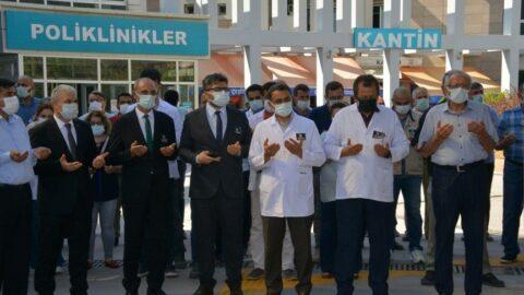 Aşı olmayan 2 doktor coronadan yaşamını yitirdi! Sağlık Bakanı Koca'dan açıklama