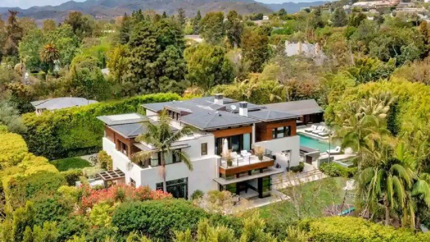 Matt Damon, evini satamayınca 3,1 milyon dolarlık indirim yaptı